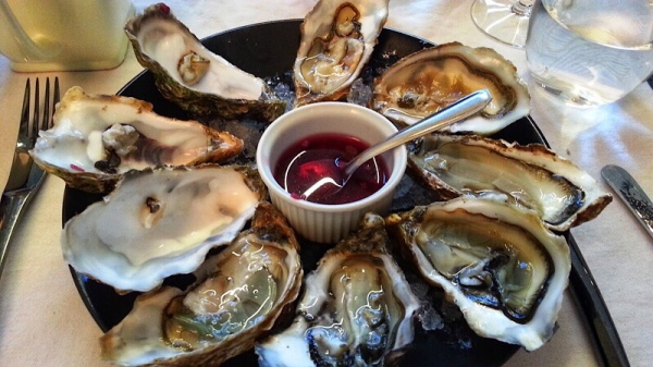 Tsarskaya Russian Oysters at Restaurant L'Oceanic, Chinon