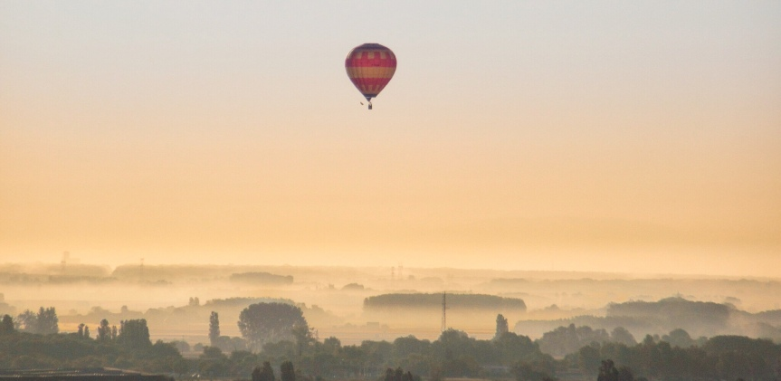 A misty dawn in Burgundy