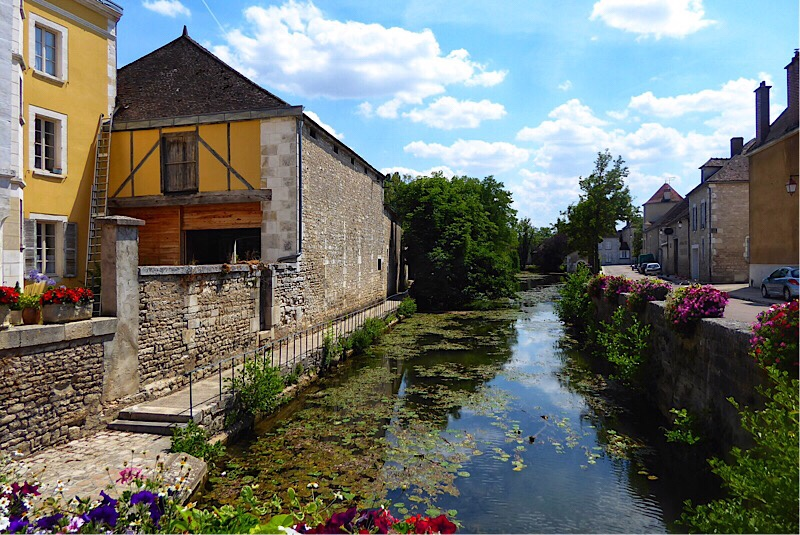 Chablis, River Serein